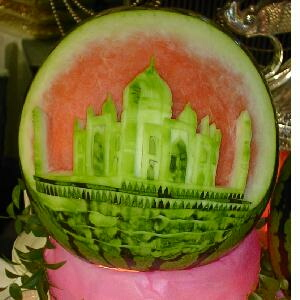 watermelon sculpture: tajmahal