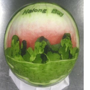 watermelon sculpture: Japanese castle. (Kumamotojyo)
